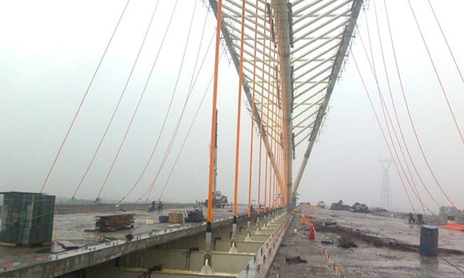 漳州九龙江大桥吊杆安装