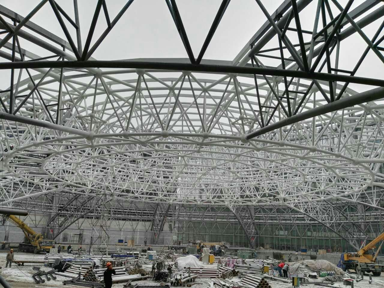 唐山市荣盛未来城钢网架提升