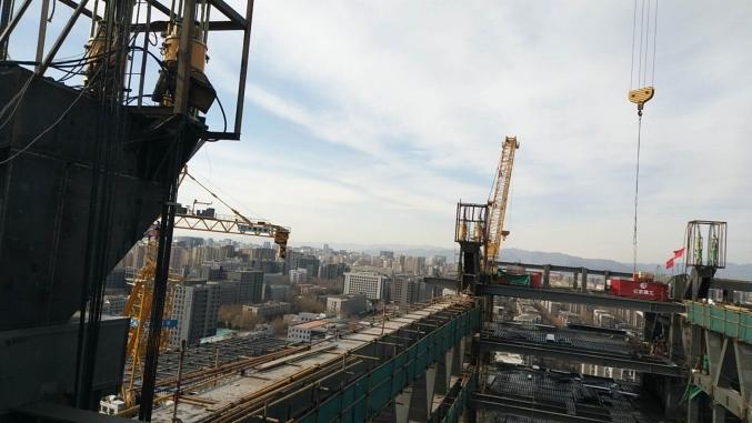 北京亚投行大厦连廊钢结构提升工程