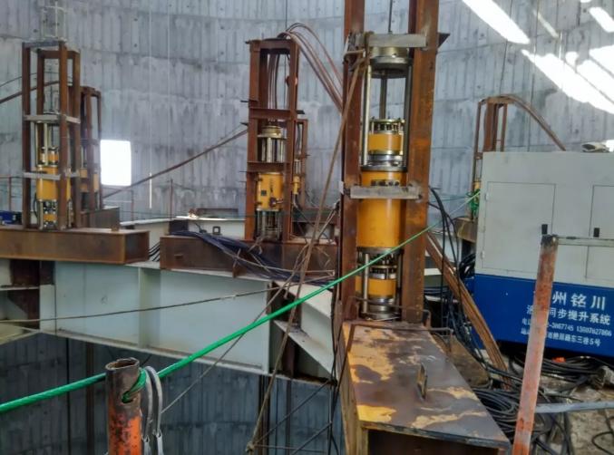 九江神华电厂烟囱钢结构提升工程